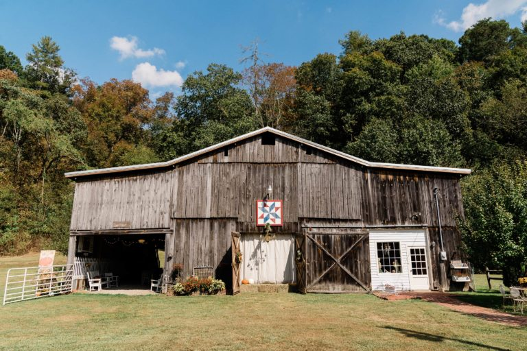 Covenant Barn at Pates Hill Manor